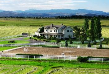 Reno horse properties southwest suburban reno homes for for Dutch real estate websites